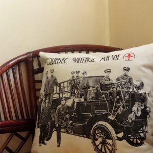 Accessoires de décoration écoresponsables | housses de coussins vintage ma vie par Aniela Mieko