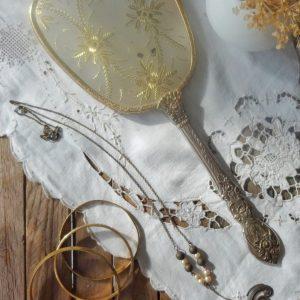Accessoires de mode écoresponsables | bijoux Aniela Mieko