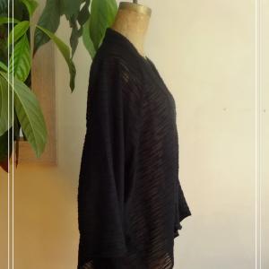 Veste estival kimono léger noir- vue de côté