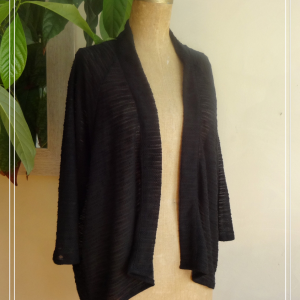 Veste estival kimono léger noir- vue de face